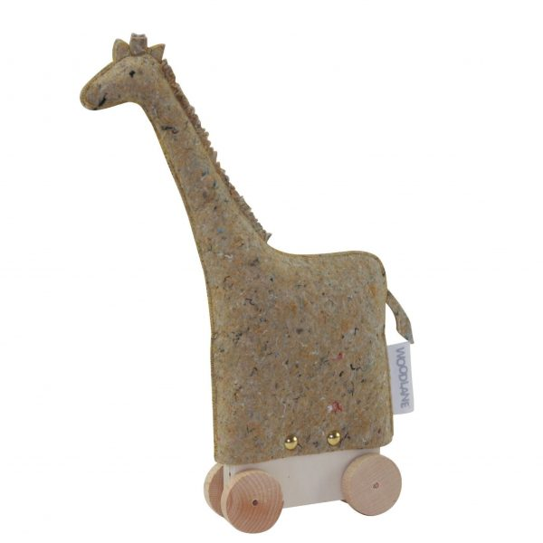 Raf the giraffe, Woodlane